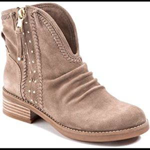 Anthro Cressa Leather Boot